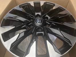 Фото диска Toyota LC300 черный с полировкой